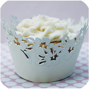 White-flower-lace-wrap-lg